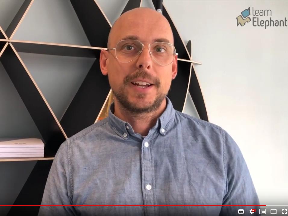 Video Oliver Rességuier zu dem Thema Agilität beginnt bei uns selbst